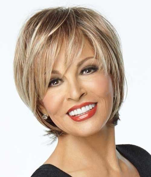 Short Blonde Hair Styles for Women Over 40