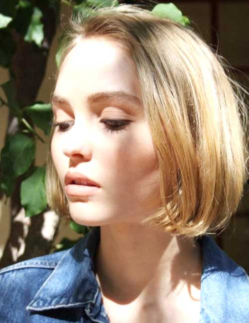 Short Hairstyles with Straight Hair