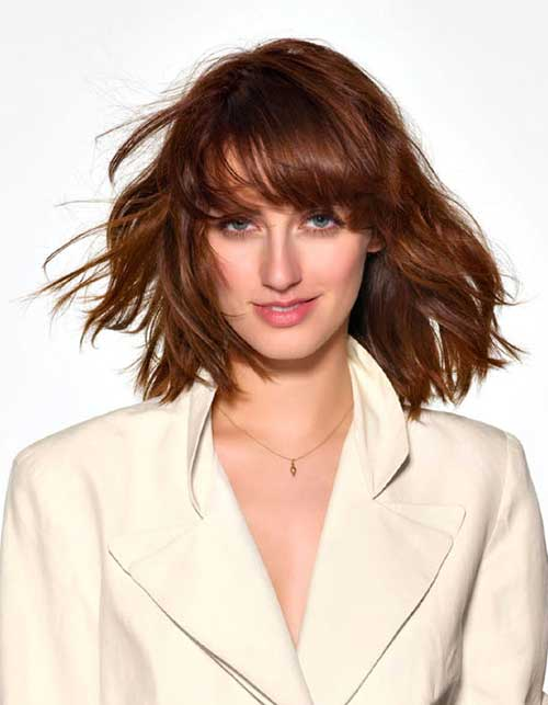 Short Layered Haircuts with Bangs for Wavy Hairstyles