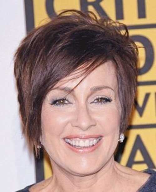 Short Layered Straight Haircuts for Older Ladies