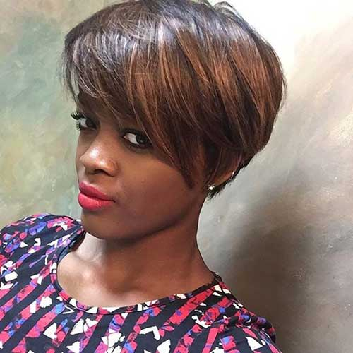 Best Short Straight Bob with Side Swept Bangs