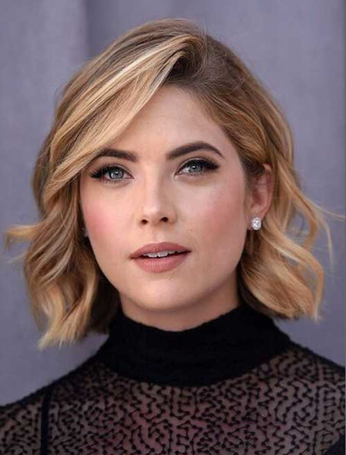 Short Thick Wavy Blonde Hairstyles