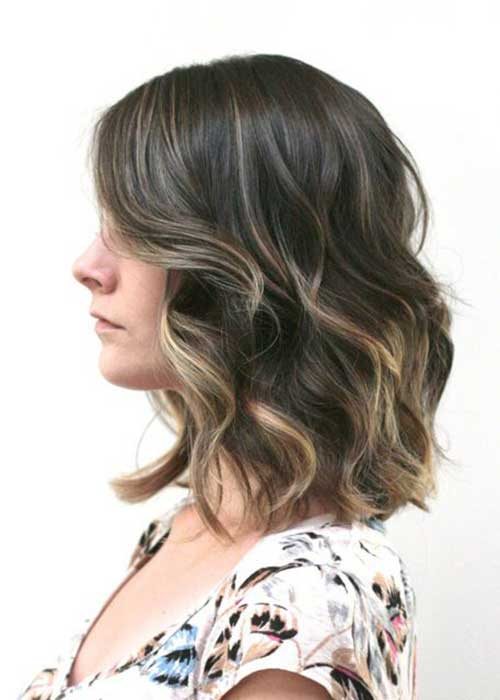 Best Short To Medium Hairstyles for Wavy Hair