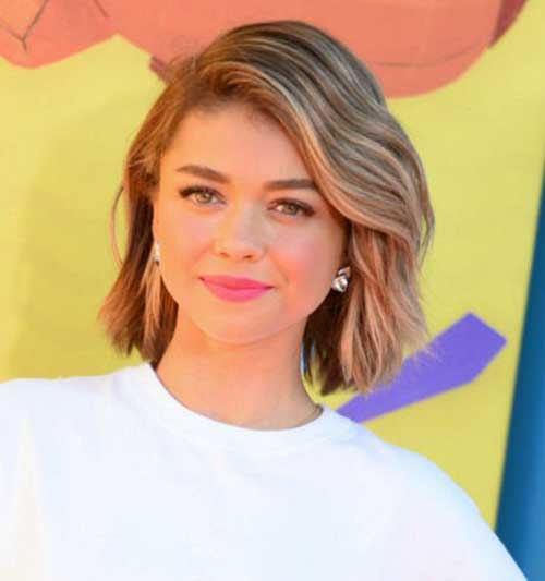 Side Swept Cute Easy Hairstyles for Short Hair