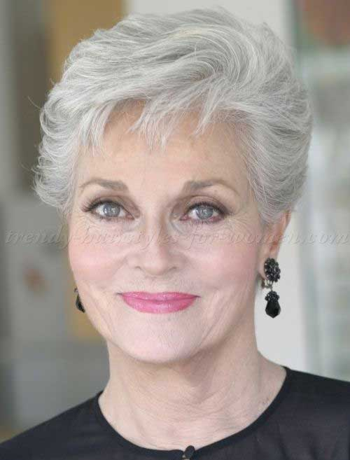 Simple Short Hair Styles For Over 50