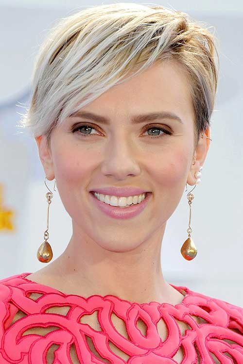 Straight Blonde Asymmetrical Pixie Cuts