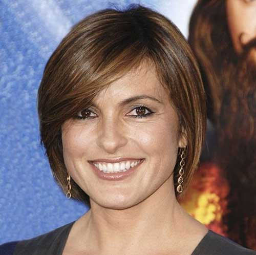 Straight Bob Haircuts for Older Ladies