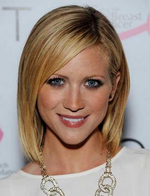 Straight Short Bob for Fine Hair Type