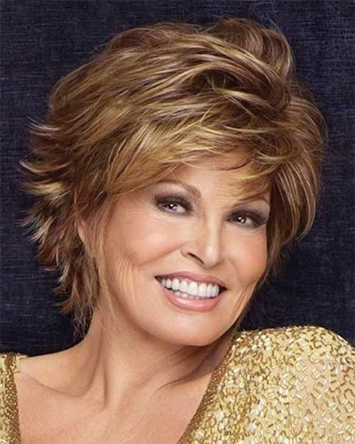 Best Stylish Short Haircut for Over 40