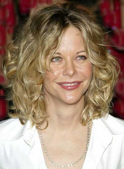Short Hairstyles For Thick Wavy Hair And Oval Face : Latest short curly hairstyles for oval faces