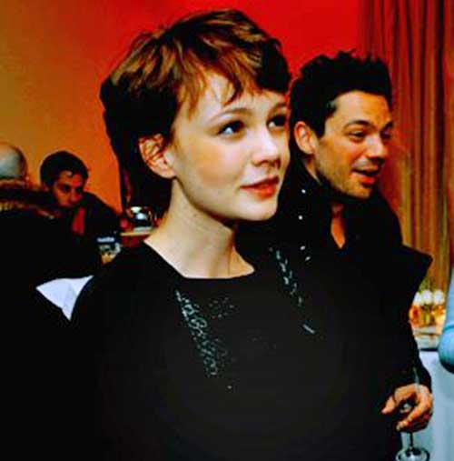 Carey Mulligan Dark Pixie Hair Color
