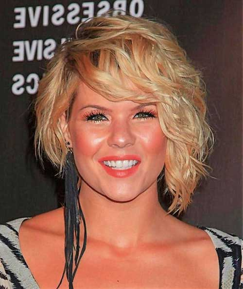 Layered Short Curly Hairstyles for Round Faces