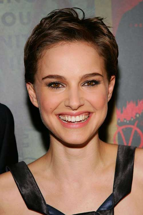Natalie Portman Trendy Pixie Cuts