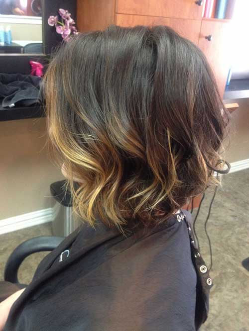 Short Balyage Wavy Hair Color