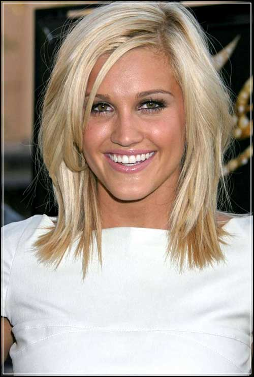 Short Blonde Hair Cuts for Women Over 40