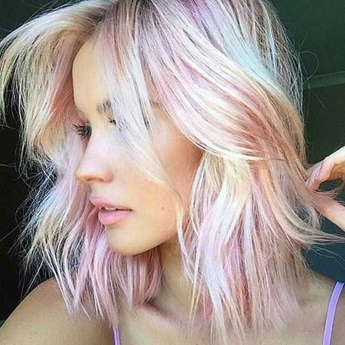 Short Blonde Soft Wavy Hairstyles