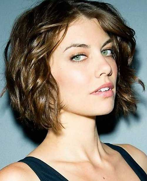 Short Dark Curly Bob Hairstyles for Round Faces