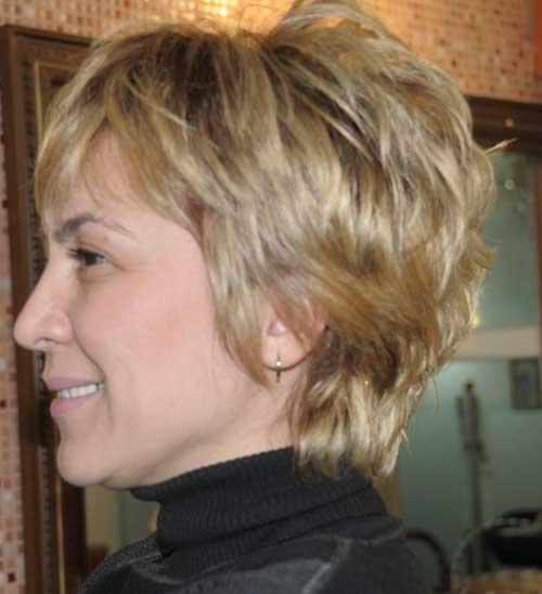 Short Layered Hair Styles for Older Women