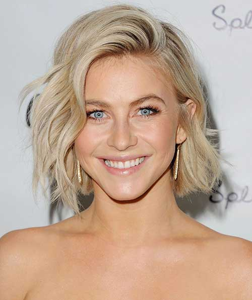 Simple Cute Wavy Short Hairstyles