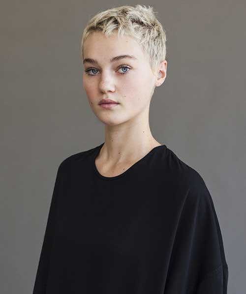 Pixie Haircuts-18