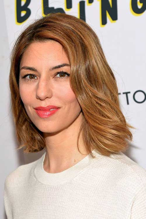 Celebrities with Bob Haircuts-7