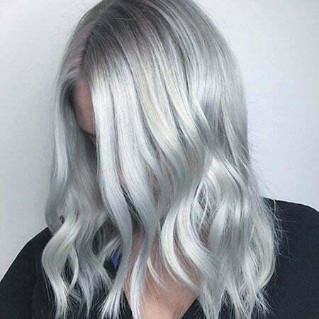 Short Wavy Silver