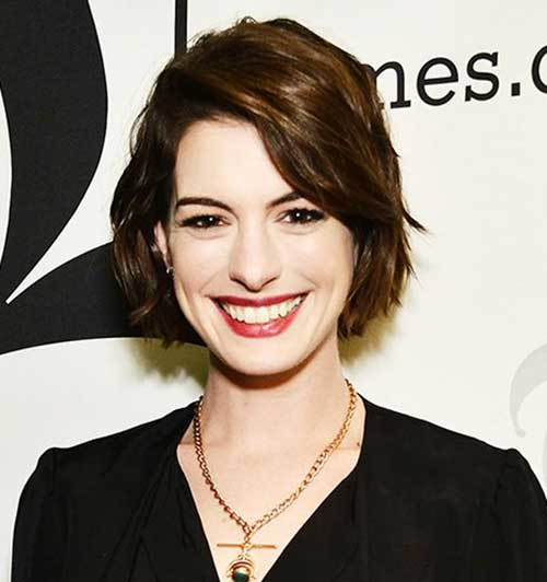 Anne Hathaway Short Haircut 2015