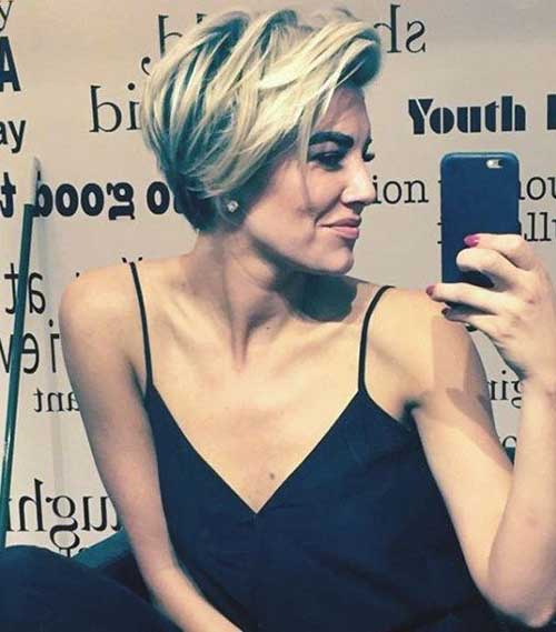 Blonde Bob Layered Hairstyles for Short Haircuts