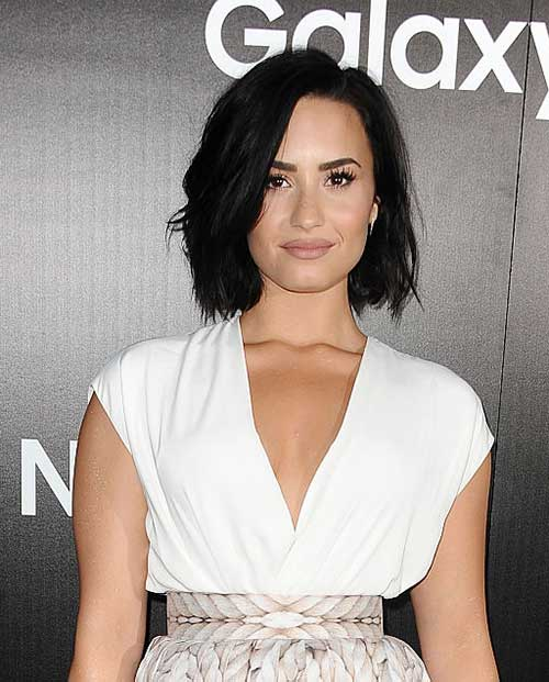 Dark Colored Styles for Short Haircuts Women