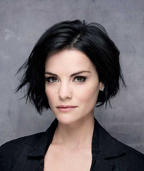 Dark Hairstyles for Short Wavy Hair 2015