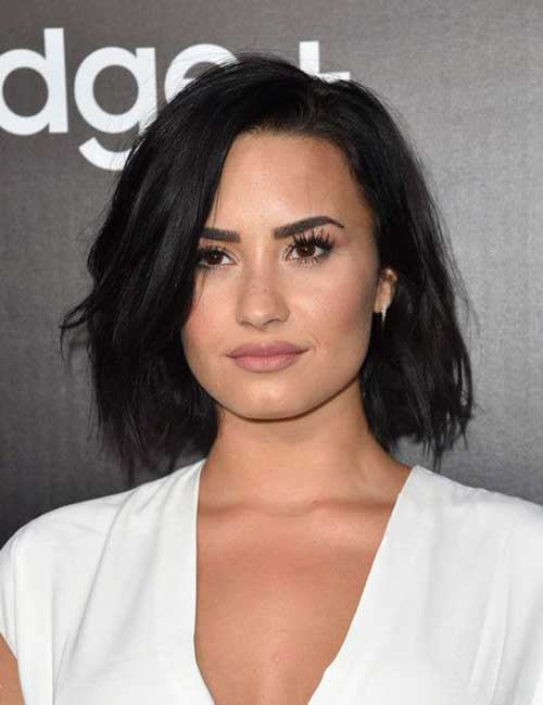 Demi Lovato Super Short Hair Cuts