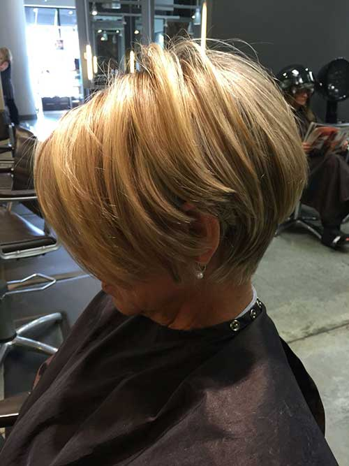 Graduated Layered Short Haircuts Styles