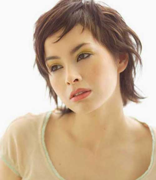 Short Layered Hairstyles for Thin Wavy Hair Types