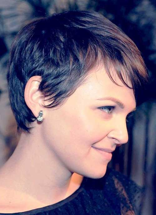 Short Pixie Hair Side View Look