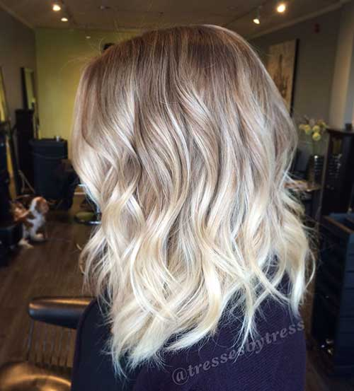Short Platinum Blonde Wavy Bob Hair 2015