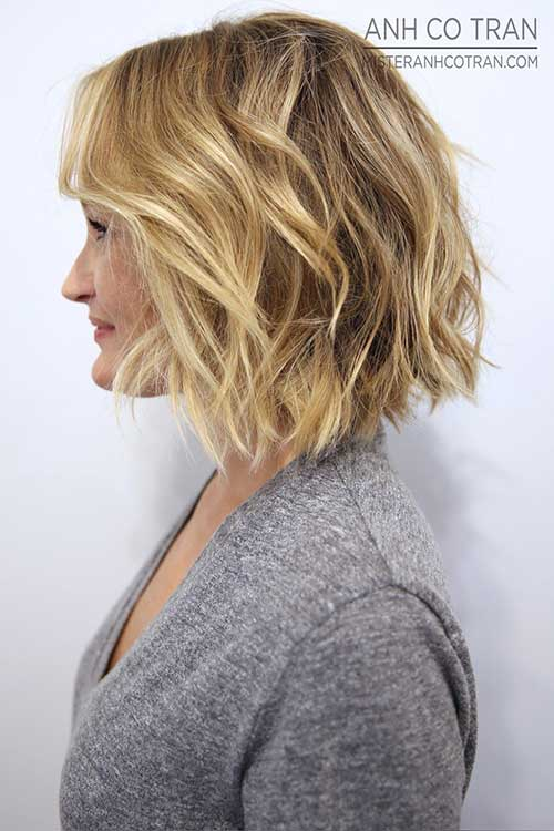 Short Womens Wavy Haircuts