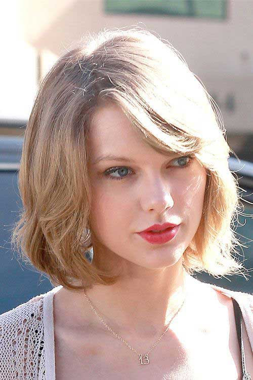 Taylor Swift Simple Short Hair Styles