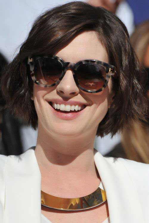 Wavy Short Dark Bob Hairstyles