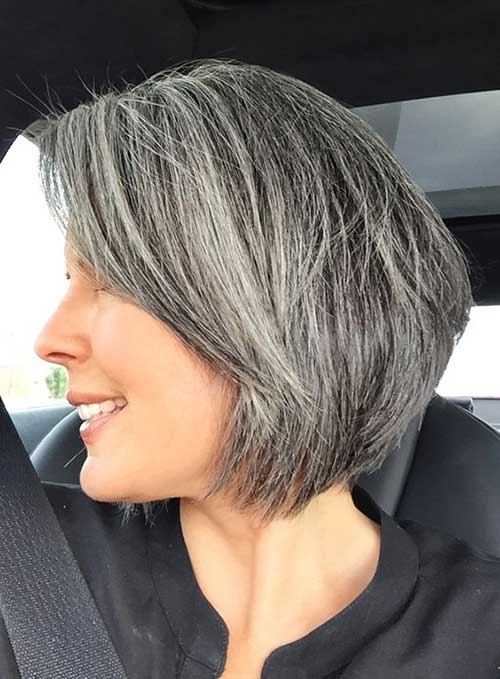 Short Hair Styles For Mature Woman 92