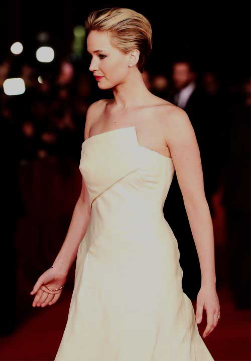 Jennifer Lawrence with Short Hair-12
