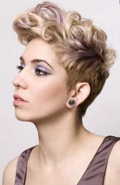 Cute Curly Hairstyles For Short Hair-12