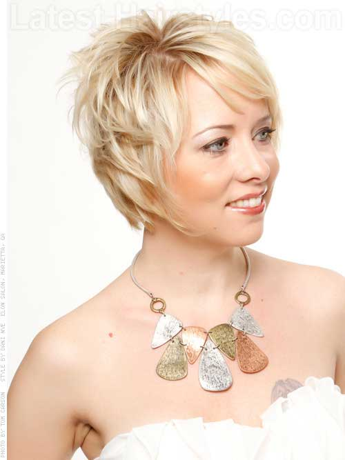 Short Hair Cuts for Older Women-14