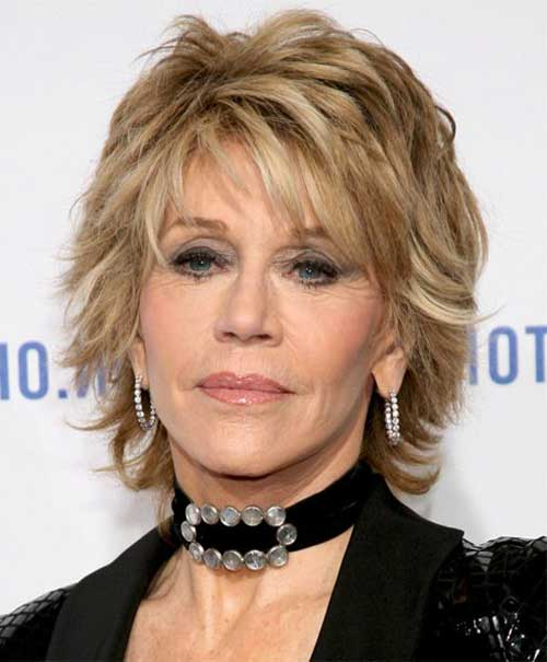 Short Hair Cuts for Older Women-16
