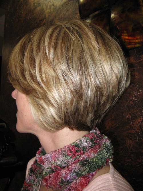 Layered Haircuts for Short Hair-19