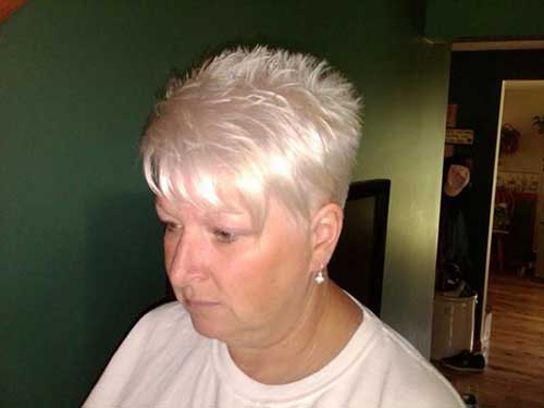 25+ Short Hair Cuts For Older Women