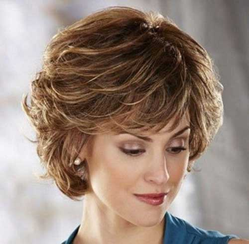 Short Hair Cuts for Older Women-24