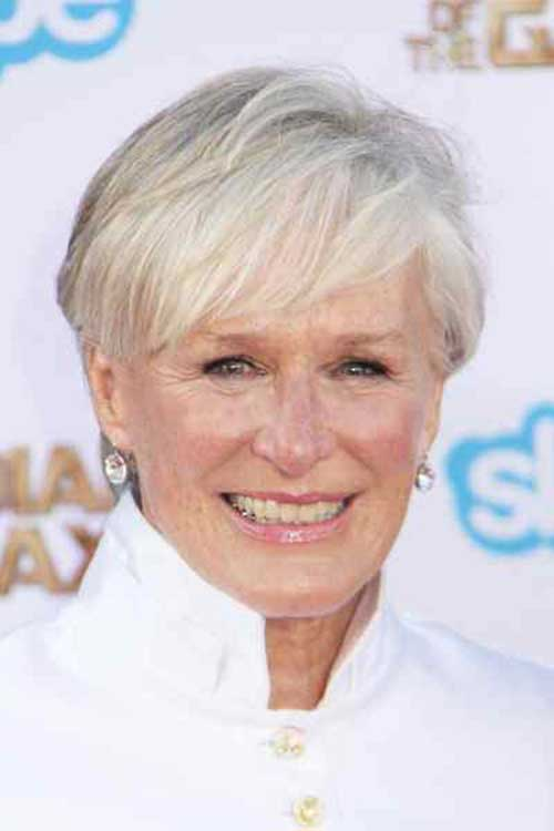 Short Hair Cuts for Older Women-25