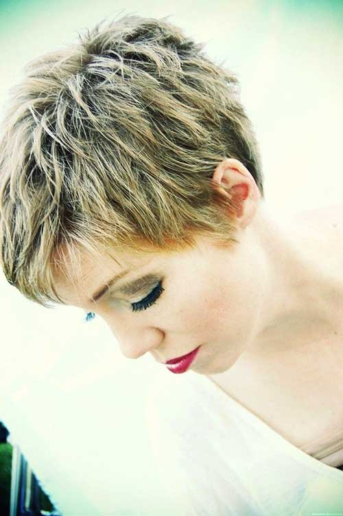Layered Haircuts for Short Hair-28