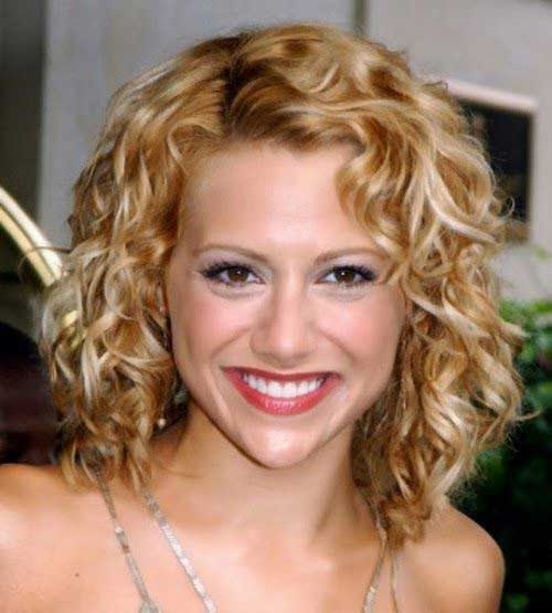 Cute Curly Hairstyles For Short Hair-6
