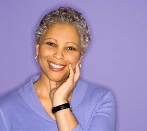Short Hair Cuts for Older Women-7